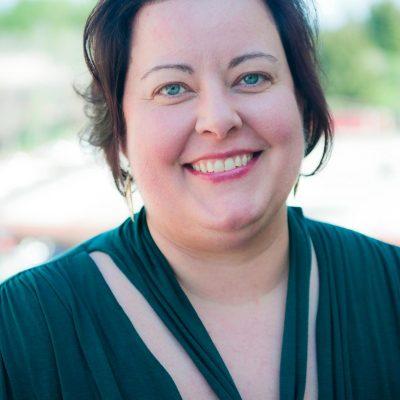 #35: Smart Risks and International Giving with Jennifer Lentfer
