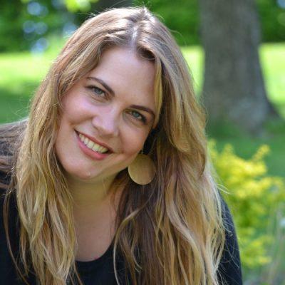 #20: Peaceful Parenting: A conversation with Julika von Stackelberg-Addo