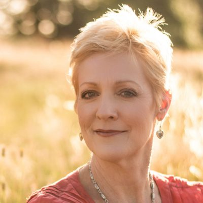 #29: Writing as a practice to help you heal and grow with Ronna Detrick